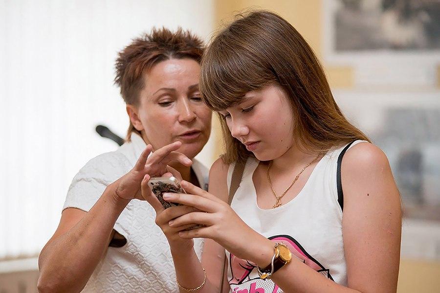 Афиша Хабаровск FOTOкнопка - открытый урок для юных фотографов!