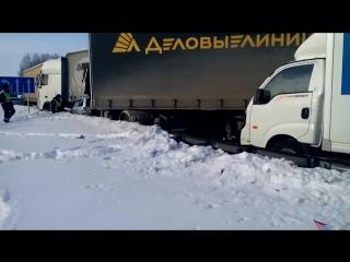Авария в Челябинской области на трассе м5 29.01.2016