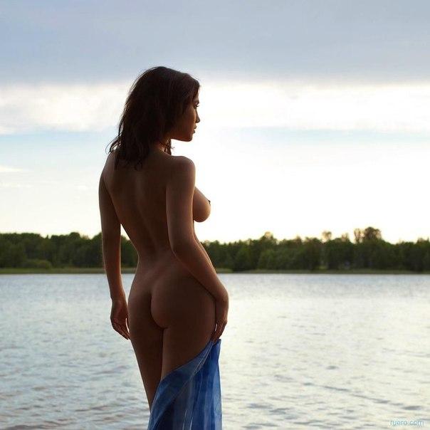 Movie Actress Hot Nipple SLip in mistake