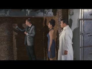 Доктор Голдфут и девушки бомбы(Италия.США.Комедия.1966)