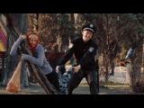 Полицейский решил помочь старенькой бабушке На троих 31 серия