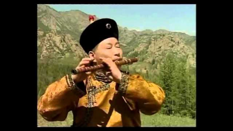 El condor pasa, which is Peruvian music, by Galsantogtoh who is Mongolian artist .