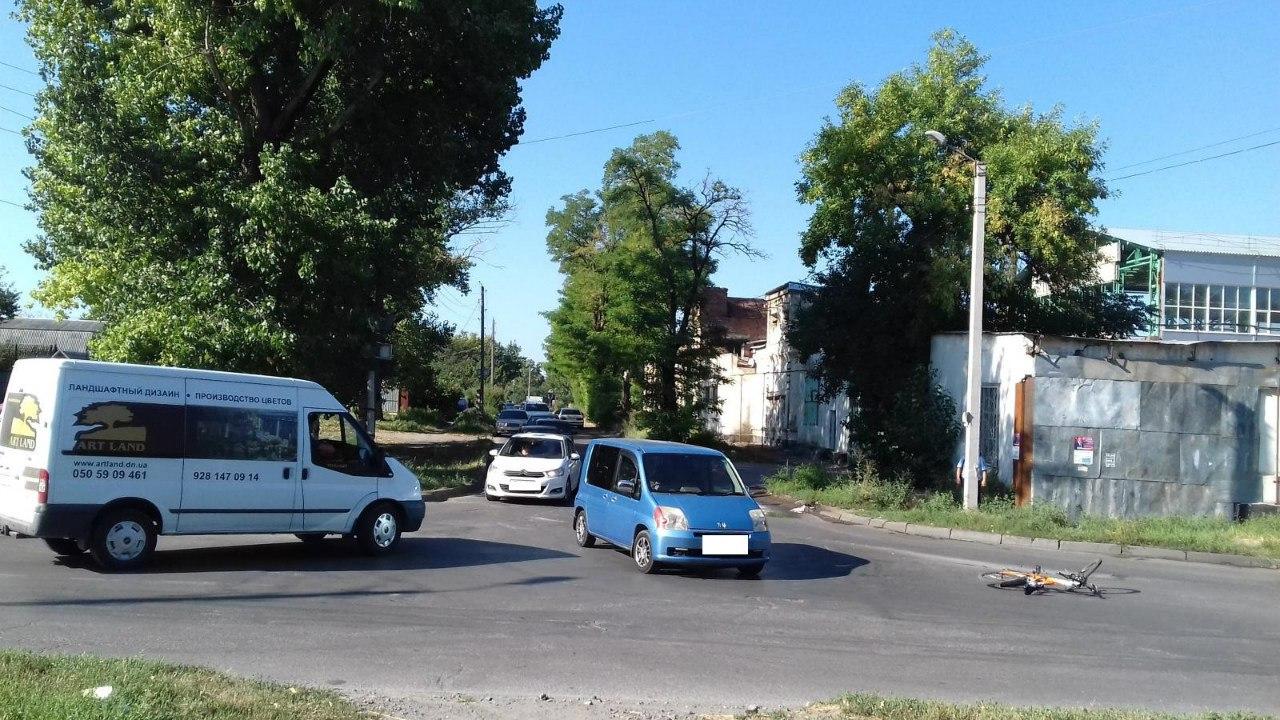 В Таганроге женщина на «Хонде» сбила велосипедиста