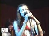 Мілла Йовович - Ой у гаю при Дунаю, соловей співає [Low, 360p]