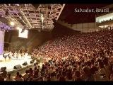 17.12.16 Разминка и медитация с улыбкой в Бразилии с Шри Шри Рави Шанкаром (20 мин.)