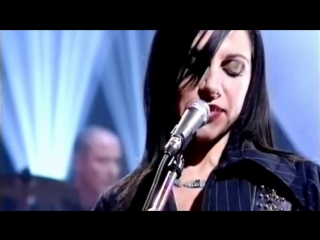 PJ Harvey - This Is Love (live)