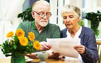 Достигшим 70 лет пенсионерам следует обратиться в Симферопольское управлени ...