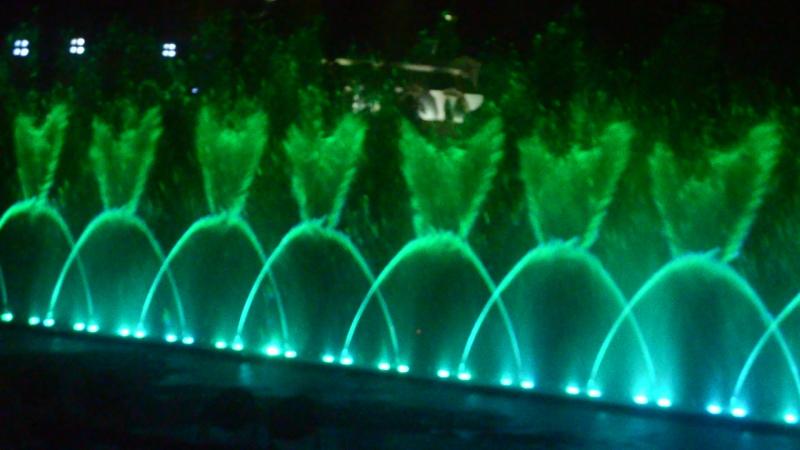 DSC_0460 Вьетнам Нья-Чанг остров развлечений Винпёрл шоу фонтанов