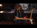 Carolyn Wonderland performs