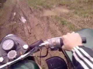 на мотоцикле урал по бездорожью лысая резина .3gp