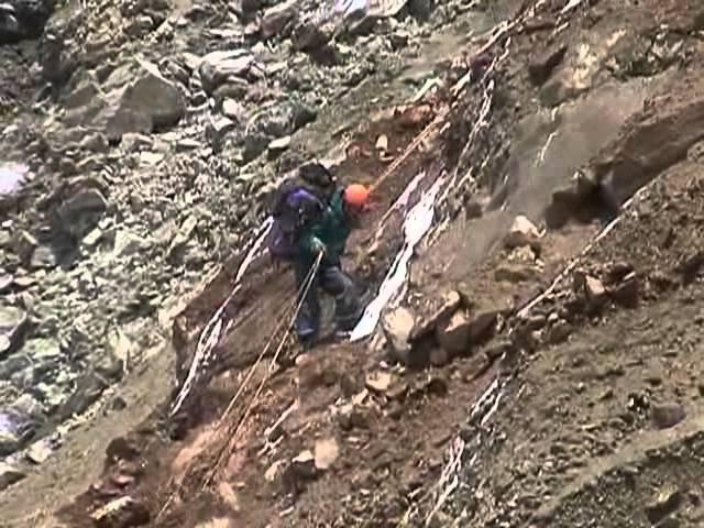 Бивуаки. Обучение альпинизму и горному туризму [2006 г., DVDRip]