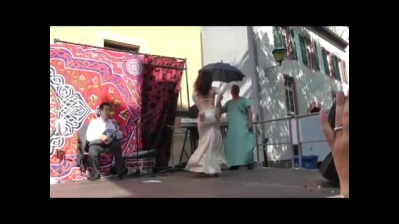 Artemis Live-bellydance Improvisation at Merhaba-Shop Summerparty June 12 12