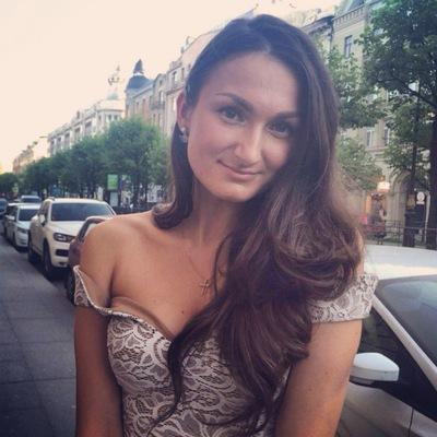 Юлия Хотина