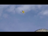 Трюк с дроном и стаканом лимонада