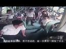 Извращенец напал в автобусе на девушку (08.07.2016)