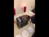Торт сундук. Режут