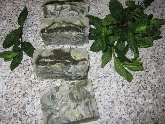 Натуральное мыло с нуля с мятой и спирулиной Homemade Natural Soap Mint. . 20