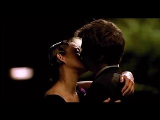 Поцелуй из фильма Влюбись в меня, если осмелишься! kiss (момент отрывок про любовь)
