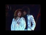 Алла Пугачева и Валерий Леонтьев - Поздно (Новогодний аттракцион 1983)