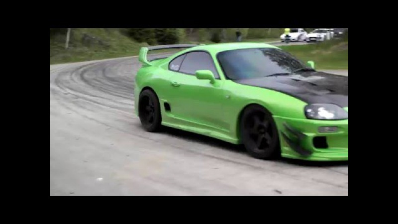 Green Toyota Supra getting ready on May 2016 GTBOARD.com Event