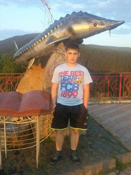 Leha, 18, Ermakovskoye