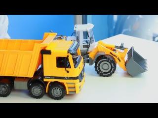 Открываем игрушки машинки. Погрузчик и грузовик самосвал. МанкиИгрушки
