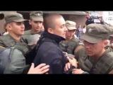 Появилось видео задержания активистов Правого сектора у здания консульства РФ