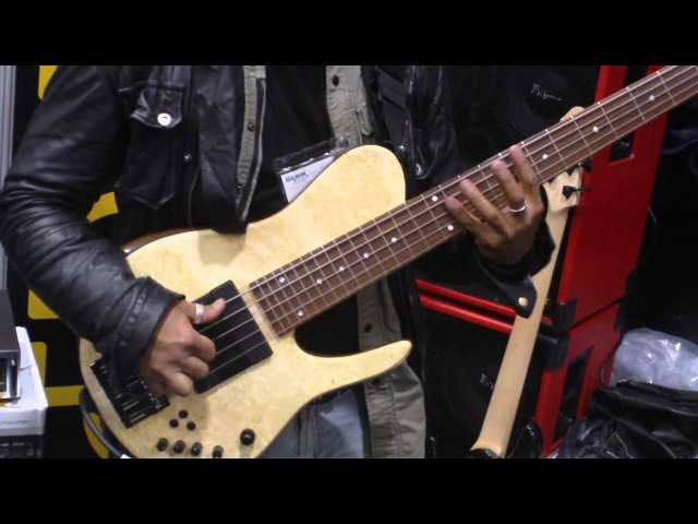 Matt garrison jams with Federico malaman at epifani booth - namm 2012