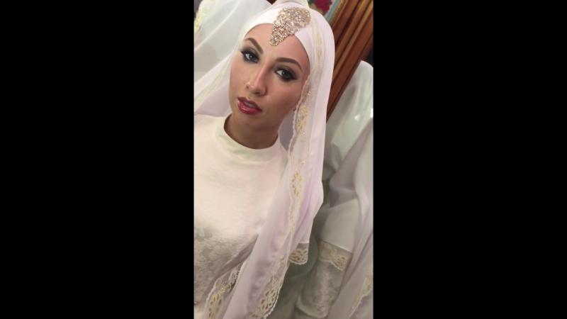 прекрасная невеста Регина)восточный макияж на никах)