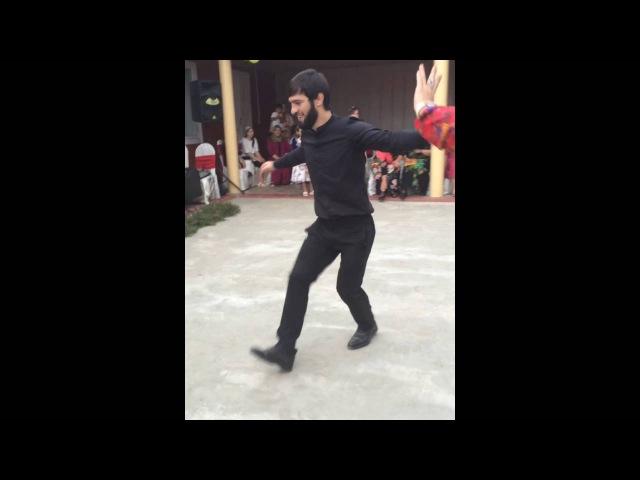Зубайра Тухугов танцует 09.07.2016