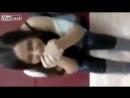 Девушка сидит на вибраторе РЖАКА