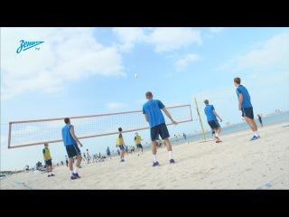 «Зенит-ТВ»: утренняя тренировка на песке