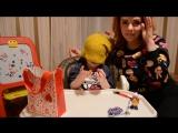 Во что поиграть угадываем предметы закрытыми глазами - Лика Хурция (3года 5мес)
