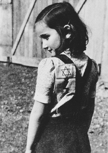 РАВВИН, ЕПИСКОП И НЕМЕЦКИЙ АТТАШЕ. Удивительно совпала эта дата, 30 сентября 1943 года. День, который многие датские и греческие евреи могут считать вторым Днем Рождения. Им повезло выжить в