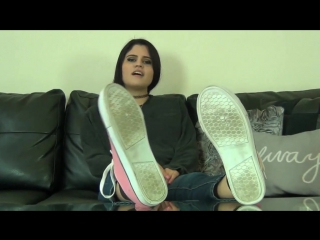 Raquels Sweaty Stinky Foot Worship #femdom #foot #fetish #trampling #facesitting #piss #scat #footjob #ballbusting #farting #spi