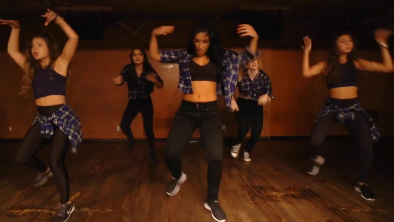 M.I.L.F. $- @Fergie _ @DanaAlexaNY Choreography