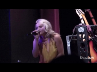 Jamie Lynn Spears Sexy– It's Gonna Lift (Ridgefield Playhouse, Ridgefield, CT, August 23, 2015)