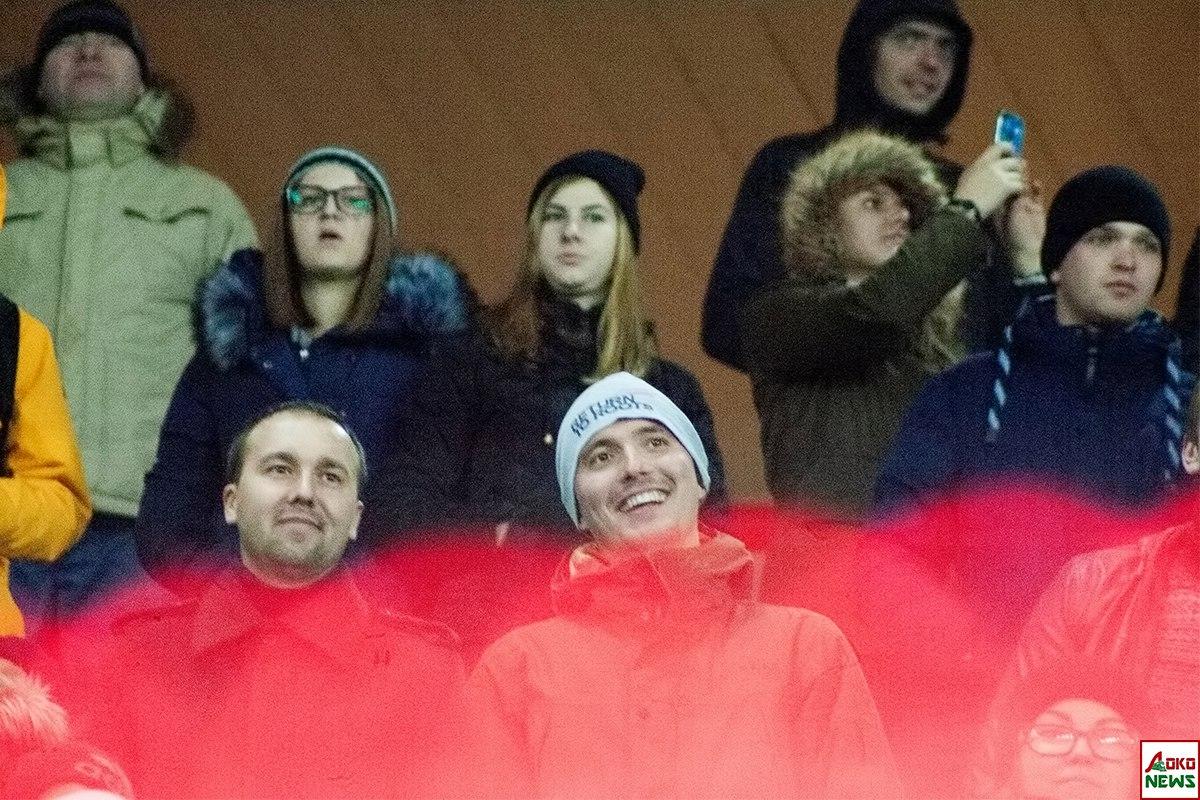 Трибуны. Фото: Дмитрий Бурдонов / Loko.News