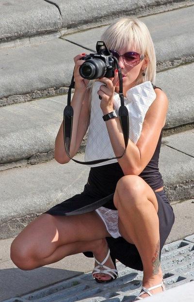 Скрытая камера под юбкой засветы
