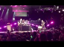Blink 182 - Josie 2016 KROQ Weenie Roast