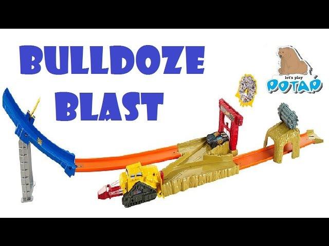Hot Wheels Bulldoze Blast