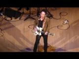 Jakob Dylan. Heroes