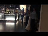 Танец Ксюши и Сергея под живой вокал от Валерия Саксофонова