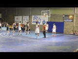 Книга Рекордов. 15-летний баскетболист с ростом 2.29 не замечает соперников