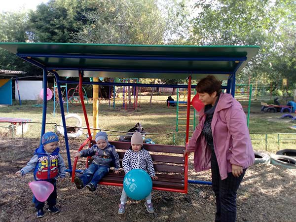 Летом для детей в парке устраивают развлекательную программу (29.11.2016)