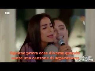 Oyku, Burcu e Sibel cantano al karaoke con traduzione in italiano