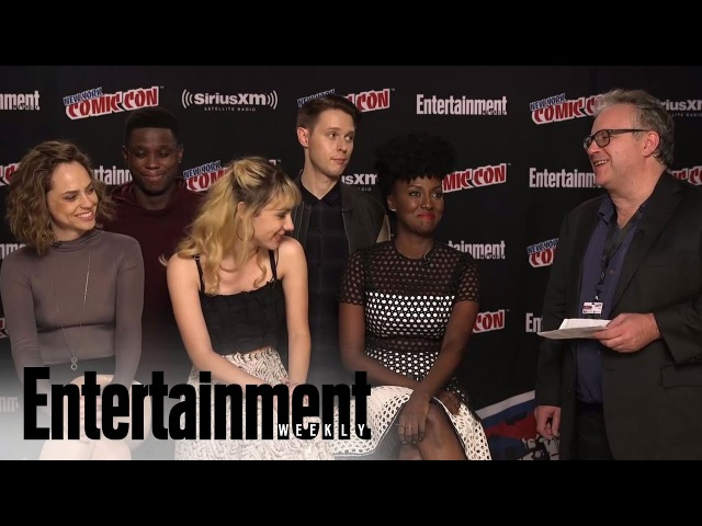 'Dirk Gently's Holistic Detective Agency' Cast Teases The Series At NYCC 2016 | Entertainment Weekly