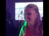 Бухие в хлам любовницы Светка Кузнецова и Глюкоза зажигают под хит