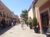 La Roca Village в Испании outlet