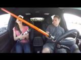Семейная поездка на автопилоте Tesla [360p]